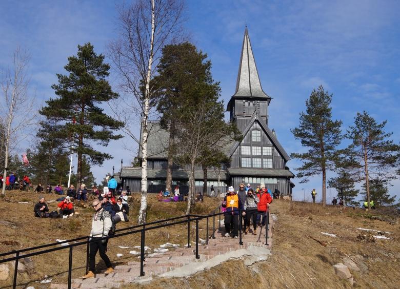 2015-MAG-NOR-Wooden-Castle-780x564